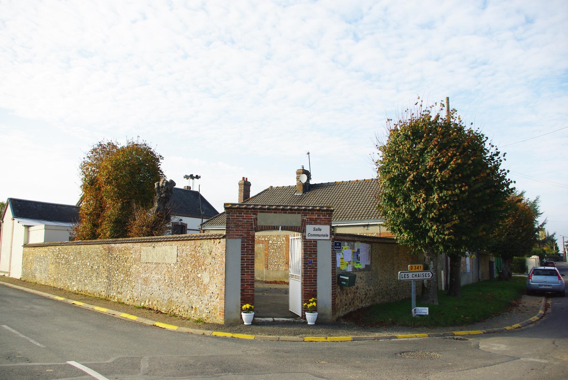L'entrée rue du friche - route de Clévilliers